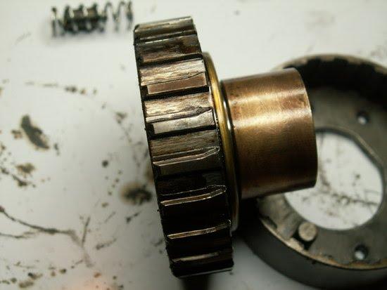 Clutch_gear_side_on.JPG